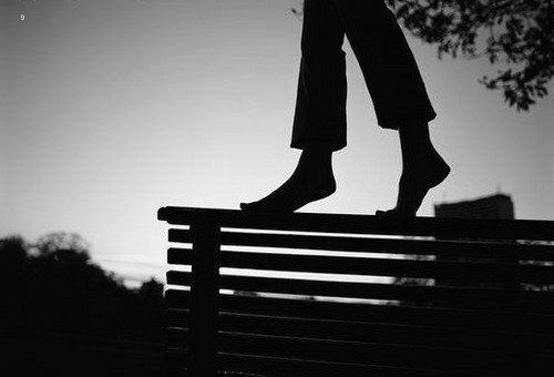 描写心情不好的个性说说;有时候,虽然能想明白